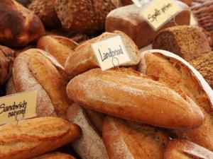 ญี่ปุ่นผุดธุรกิจบอกรับขนมปังช่วยรายย่อยฝ่าวิกฤตโคว...